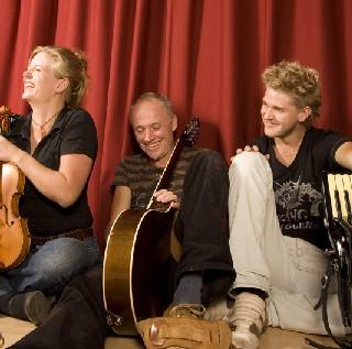 Trio Mio gibt Workshops auf den Neuenburger Gitarrentage